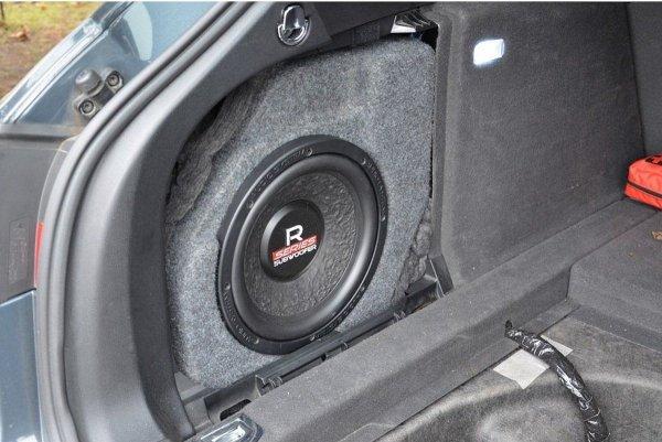 Audi A4 B8 Avant - obudowa subwoofera